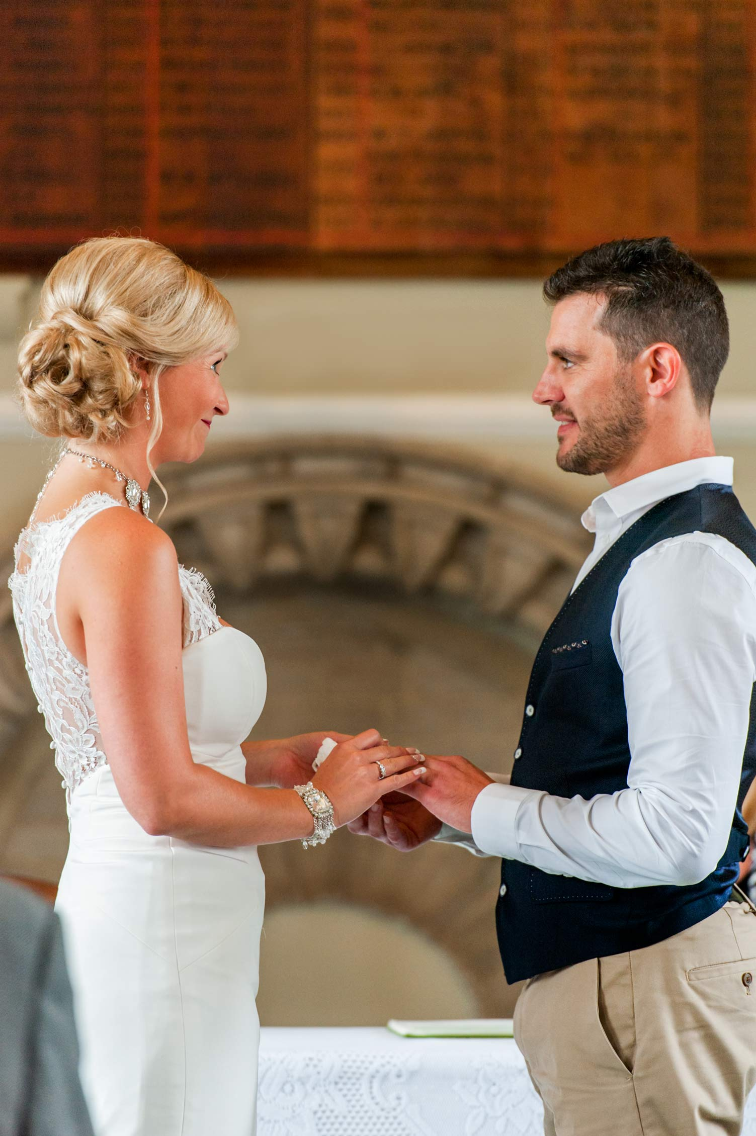 Arundel Town Hall wedding by Sussex documentary wedding photographer James Robertshaw