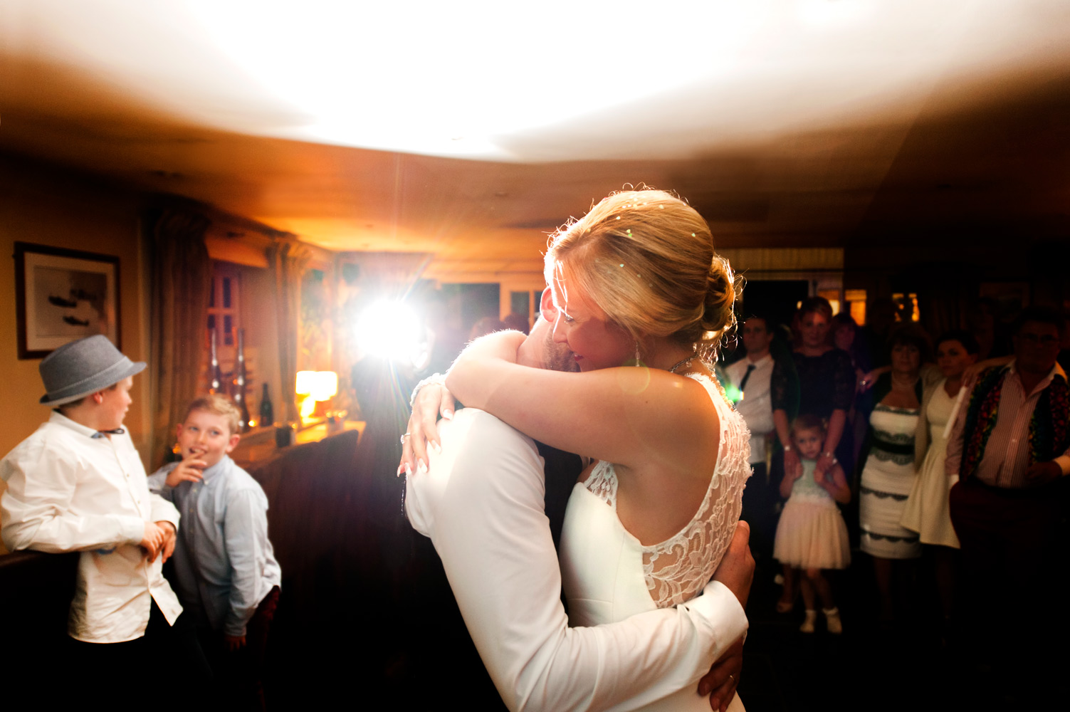 First dance by Sussex wedding photographer James Robertshaw